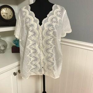 EUC - Ralph Lauren - Delicate Embroidered Blouse